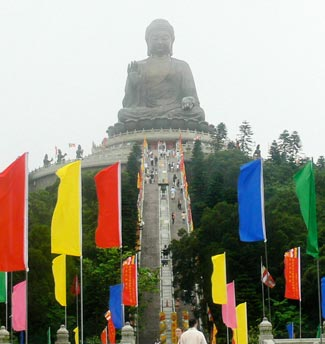 Giant Tian Tan Buddha, Hong Kong - Photo by David Fox